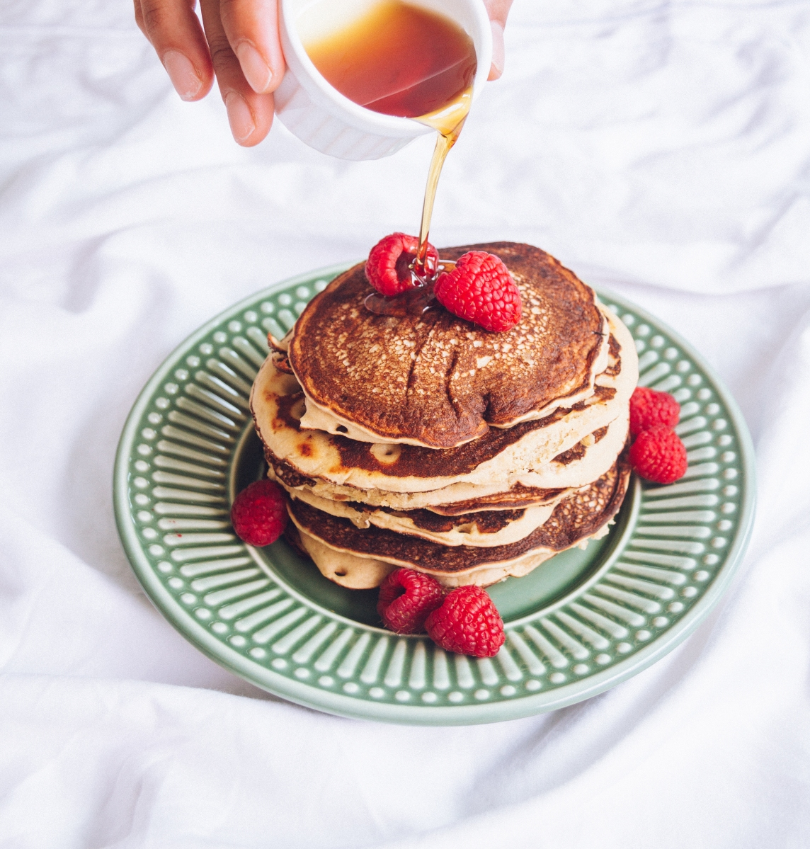 Fluffy vegan pancakes with cardamom and vanilla
